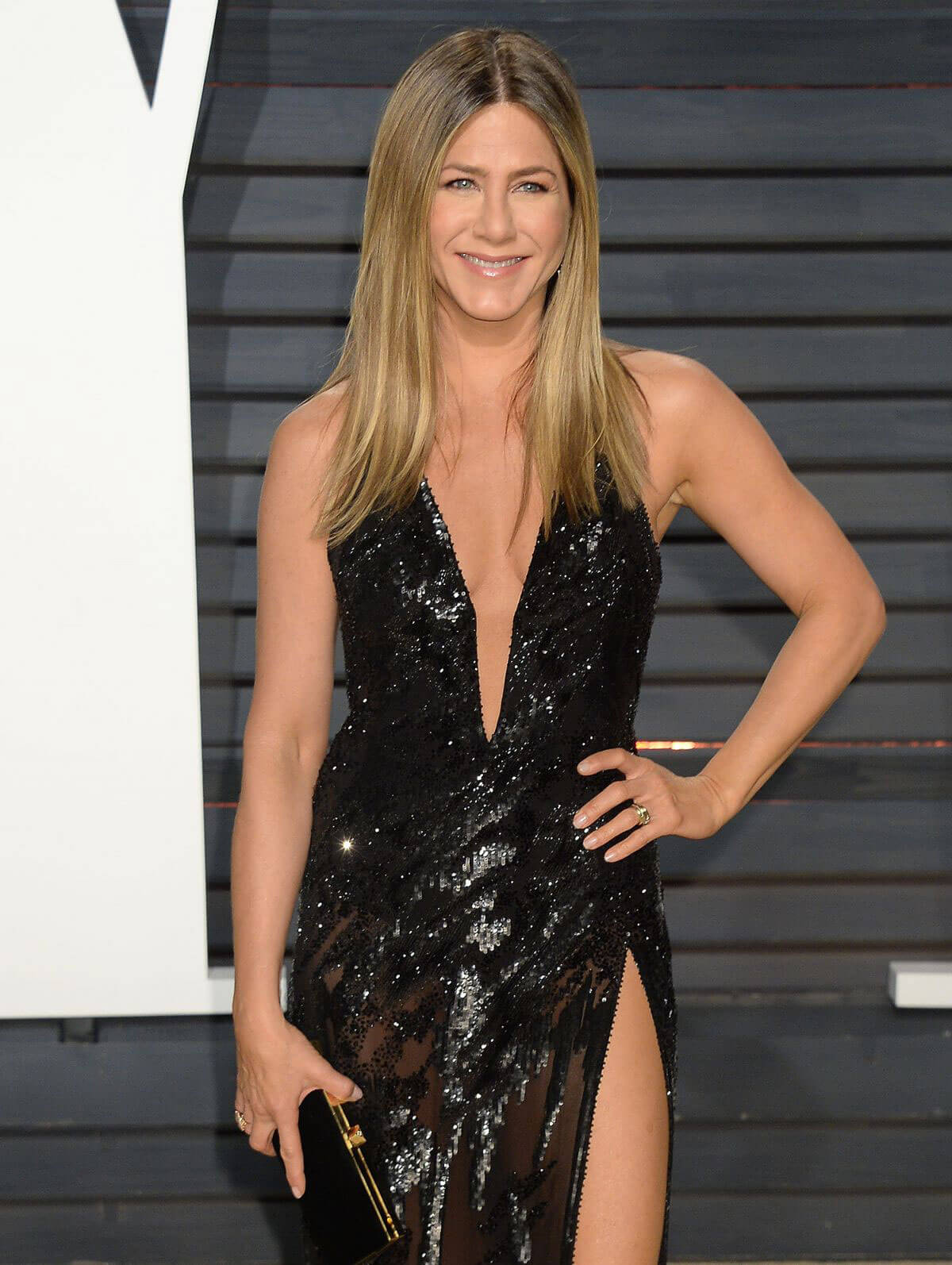 Jennifer Aniston Stills at 2017 Vanity Fair Oscar Party in Beverly Hills