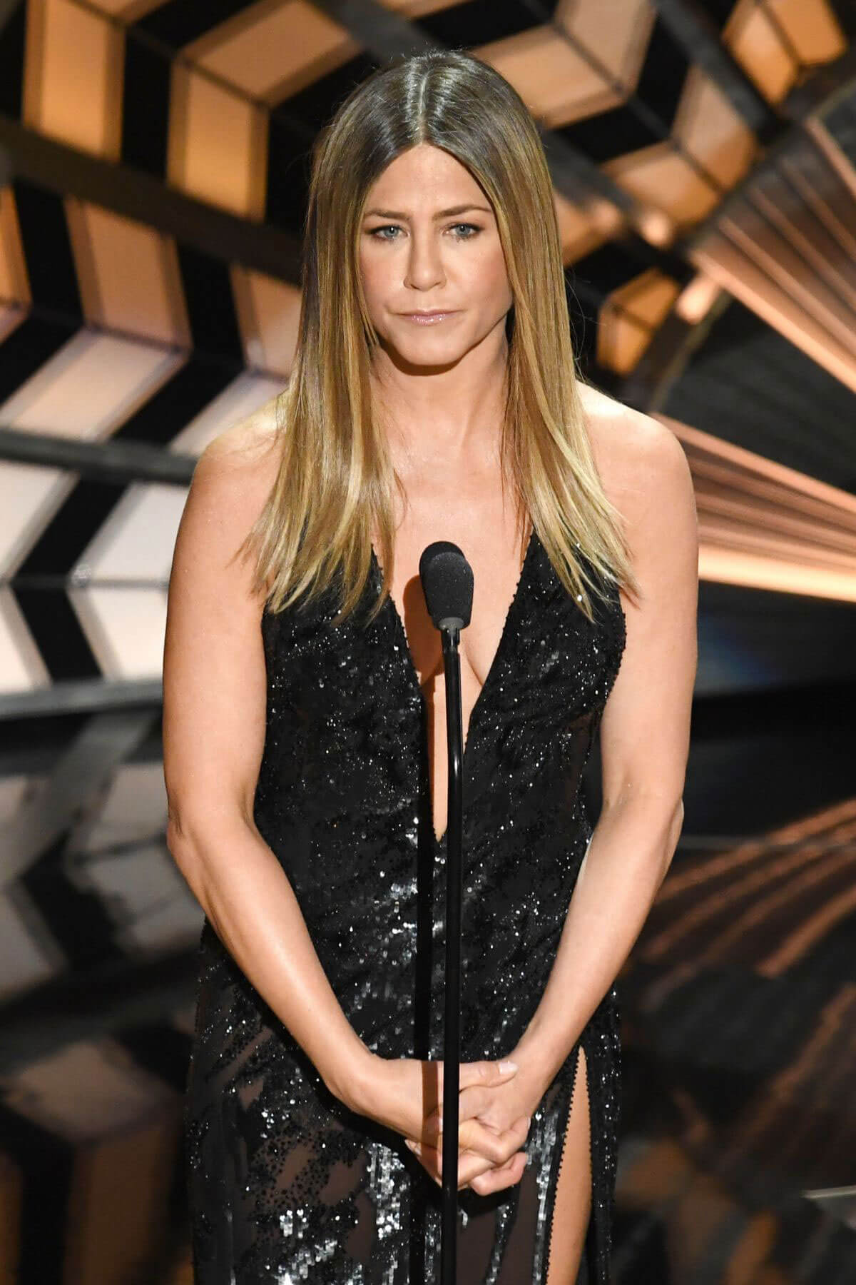 Jennifer Aniston Stills at 89th Annual Academy Awards in Hollywood