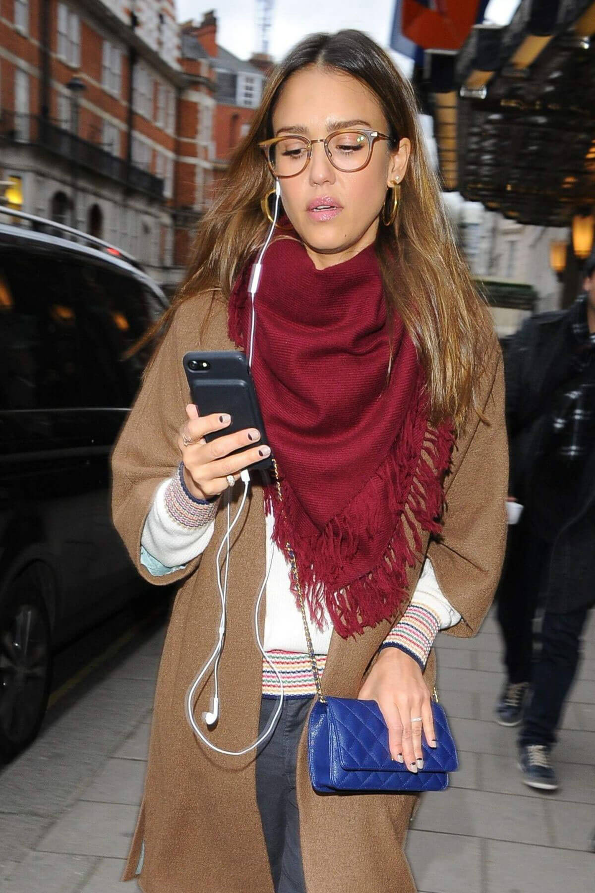Jessica Alba Stills Out and About in London