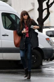 Jessica Biel Shopping at Wilshire Boulevard in Los Angeles