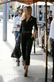 Joanna Krupa Out for Lunch in Beverly Hills