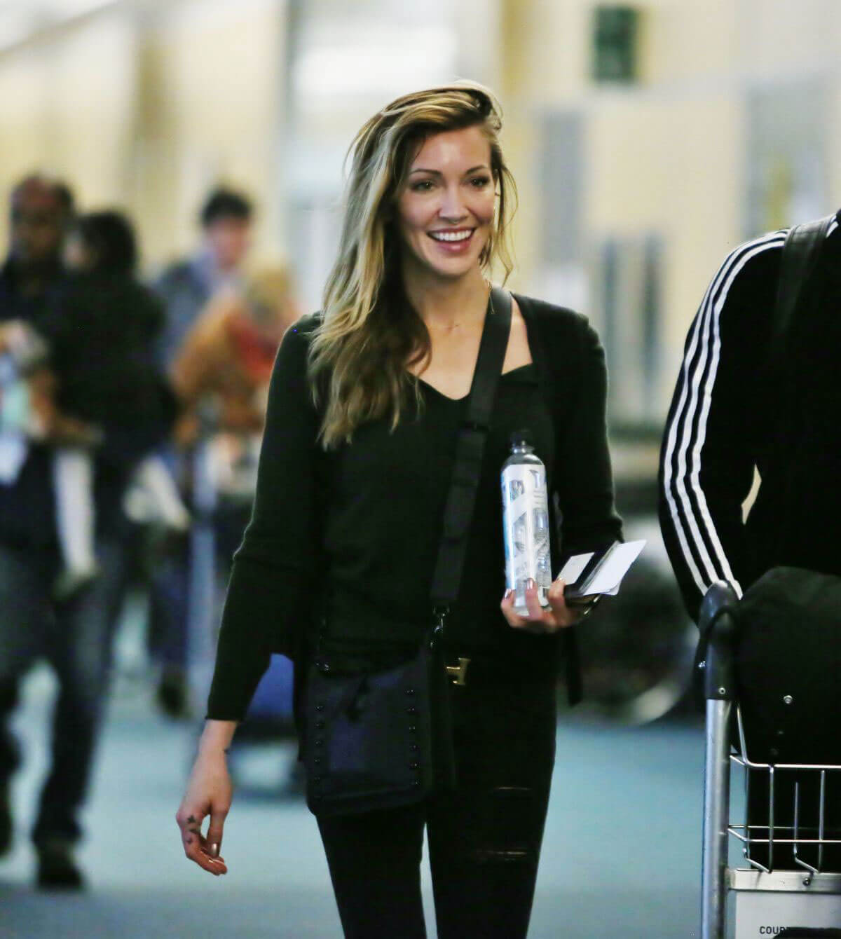 Katie Cassidy Stills at Vancouver International Airport