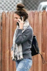 Katie Holmes Out for Lunch at Jasmine Thai in Calabasas