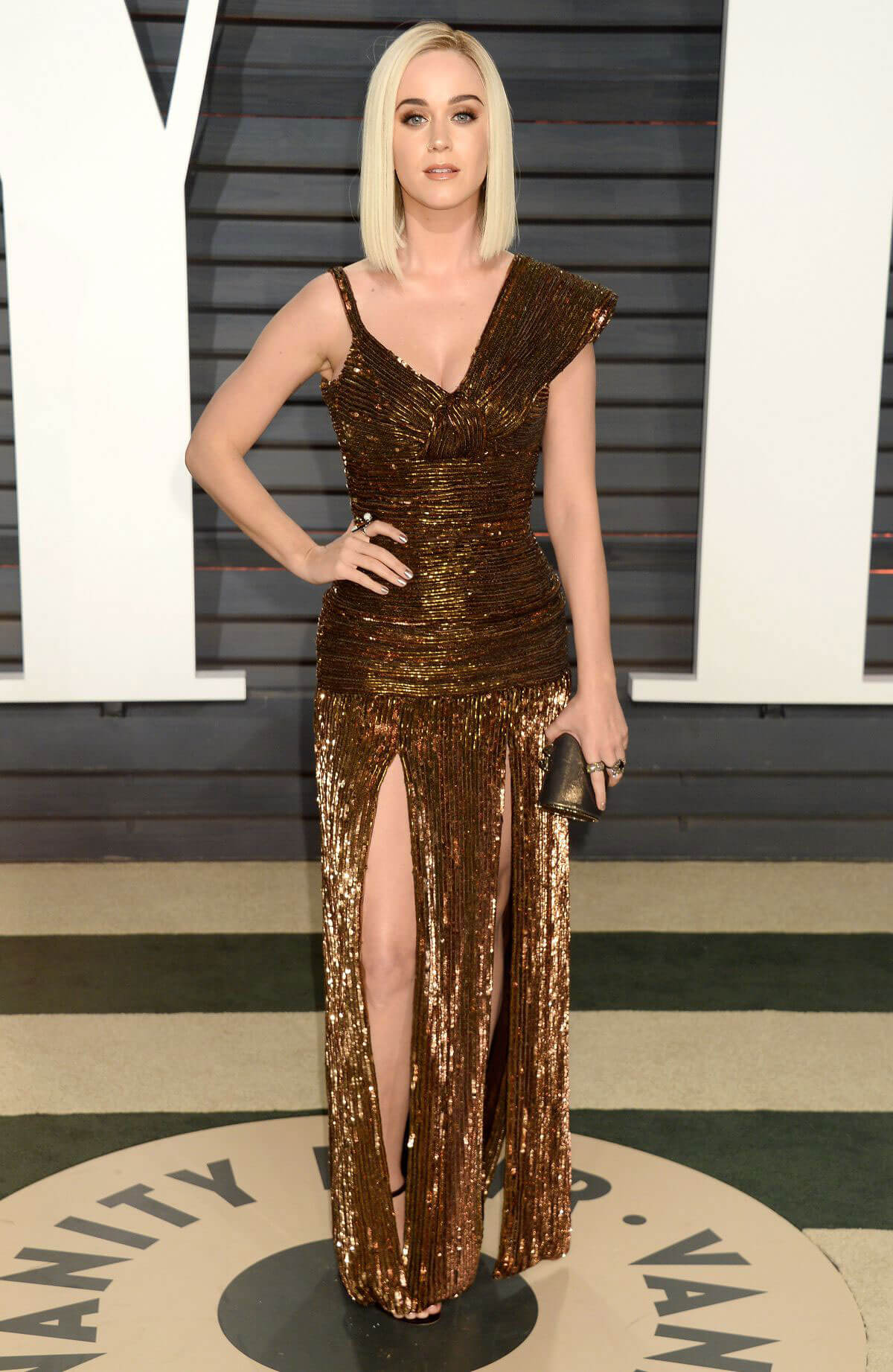 Katy Perry Stills at 2017 Vanity Fair Oscar Party in Beverly Hills