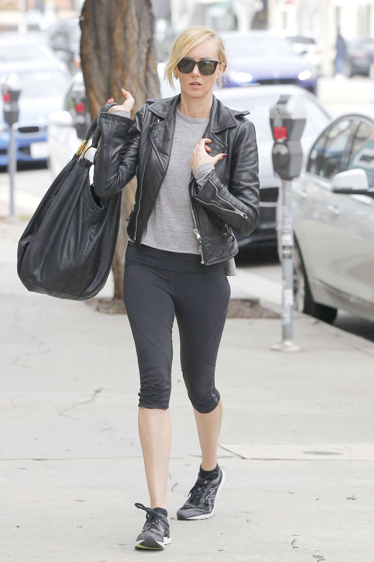 Kimberly Stewart Stills in Leggings Out Shopping in West Hollywood