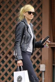 Kimberly Stewart Stills in Leggings Out Shopping in West Hollywood Photos