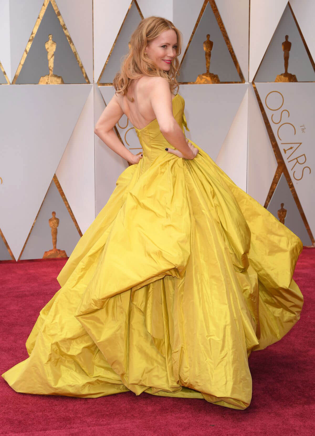 Leslie Mann Stills at 89th Annual Academy Awards in Hollywood
