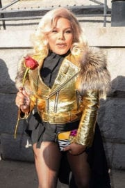 Lil' Kim Stills Leaves Marc Jacobs Fashion Show in New York