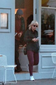 Lily Allen Out For Lunch in Notting Hill