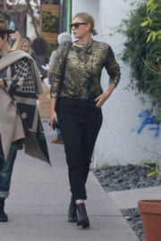 Maria Sharapova Out For Shopping in Venice