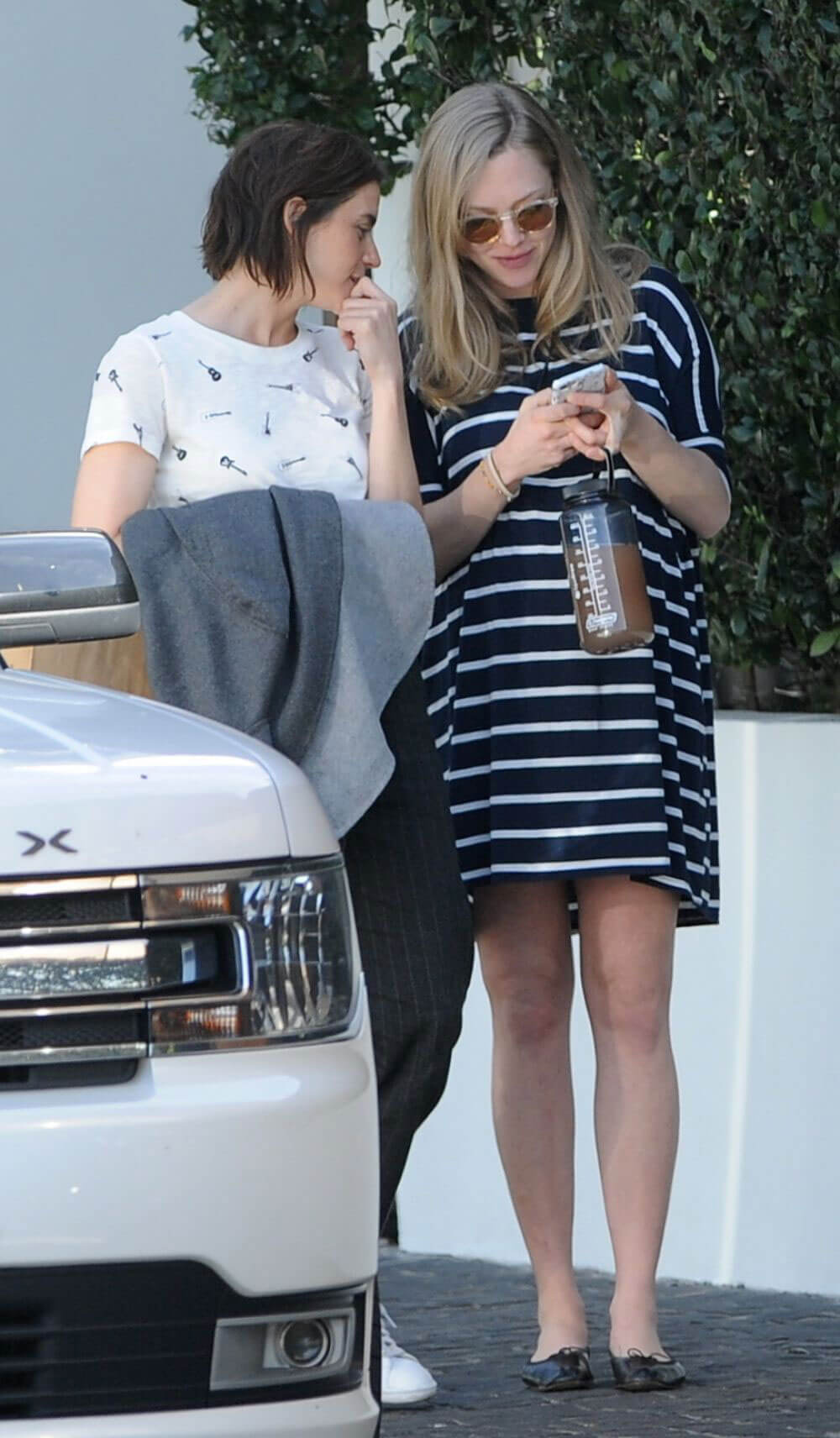 Pregnant Amanda Seyfried Out in West Hollywood