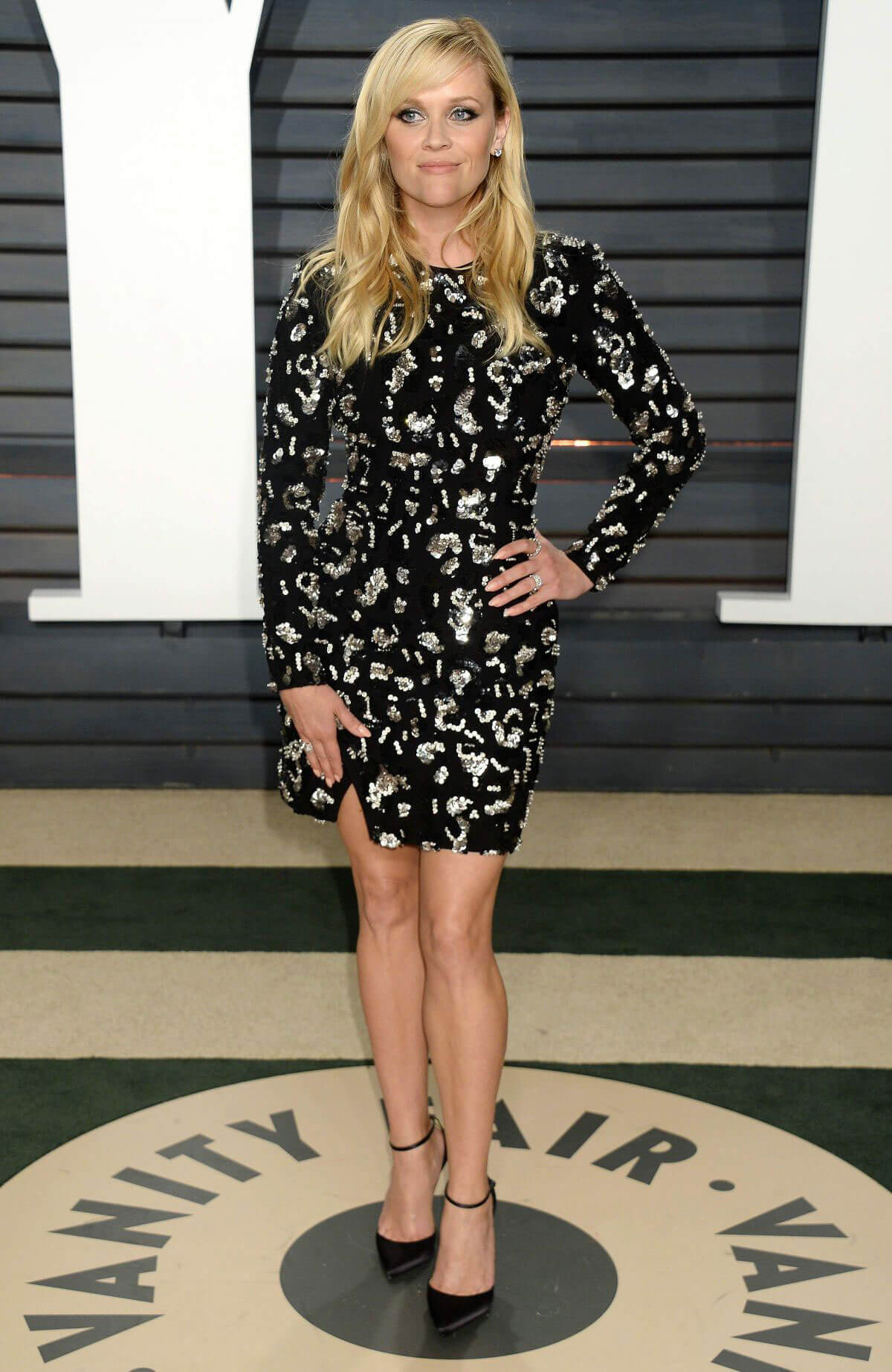 Reese Witherspoon Stills at 2017 Vanity Fair Oscar Party in Beverly Hills