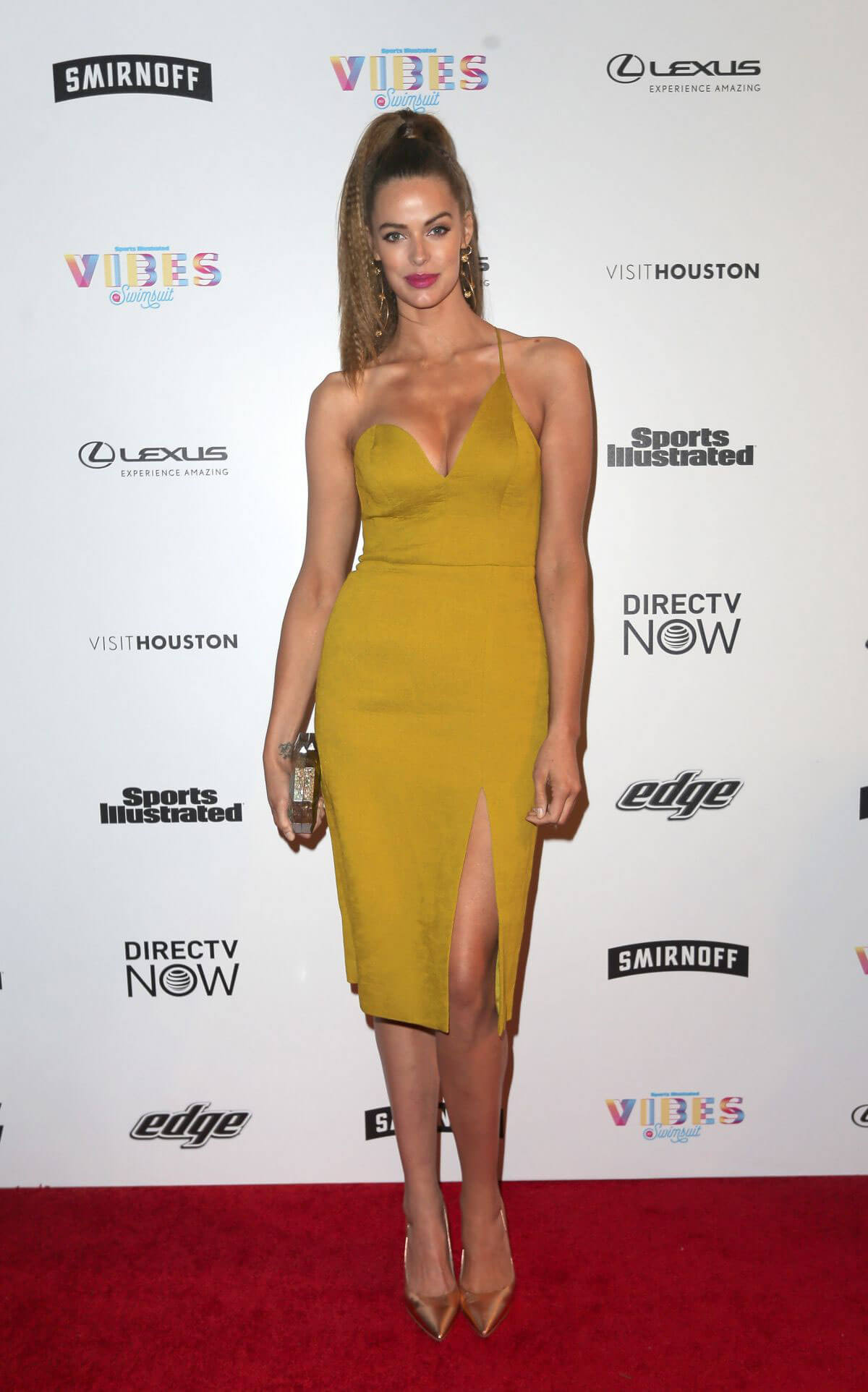 Robyn Lawley Stills at VIBES by SI Swimsuit 2017 Launch Festival