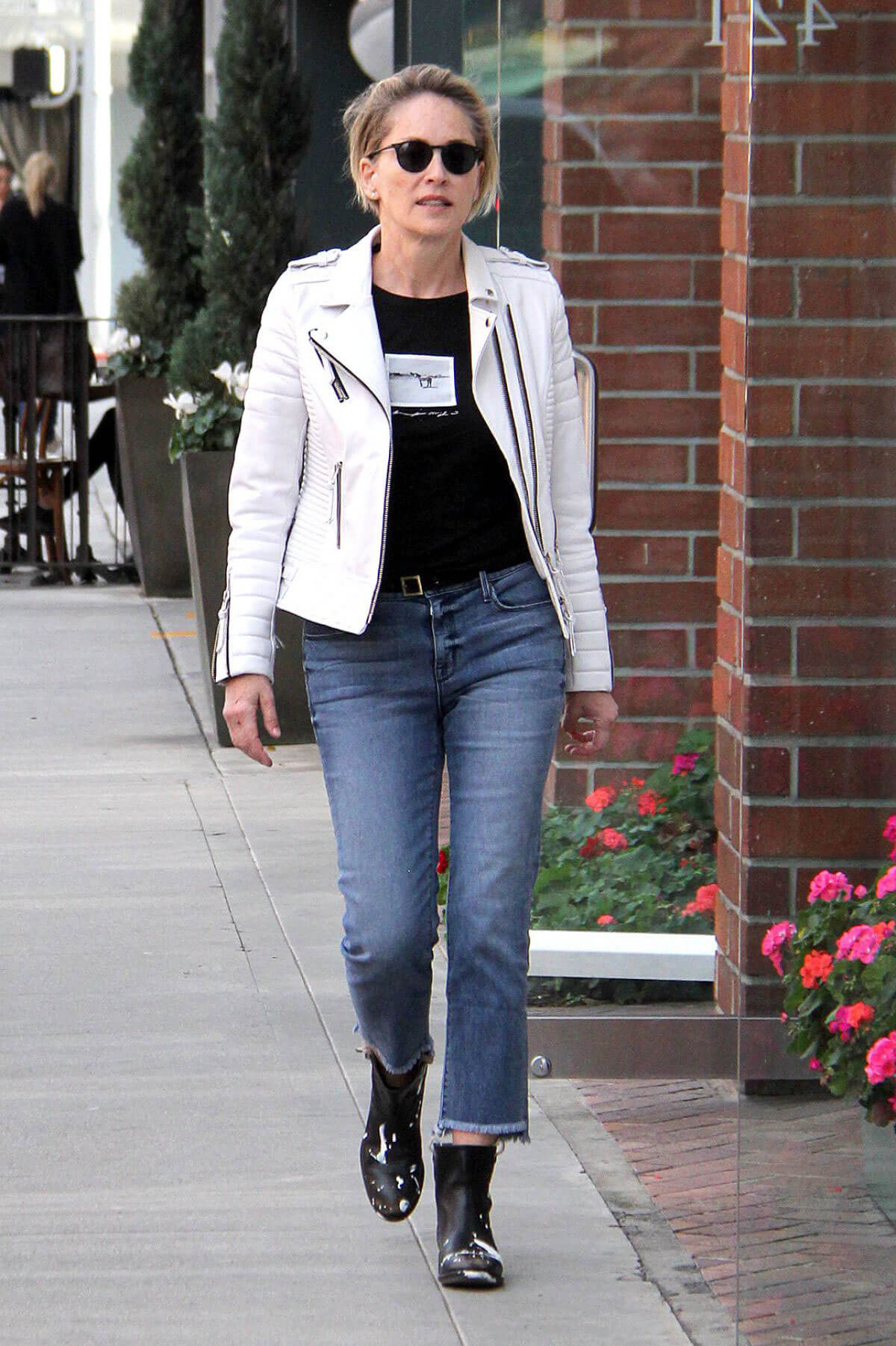Sharon Stone at a Nail Salon in Beverly Hills