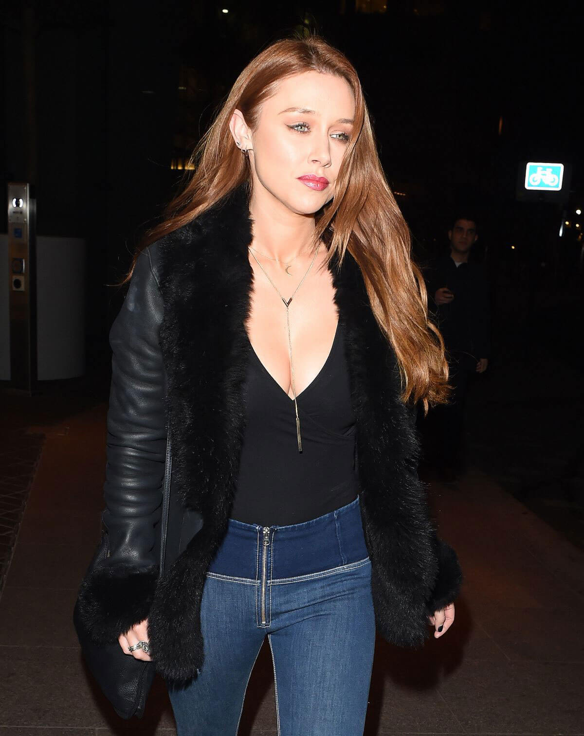 Una Healy Out for Dinner in London