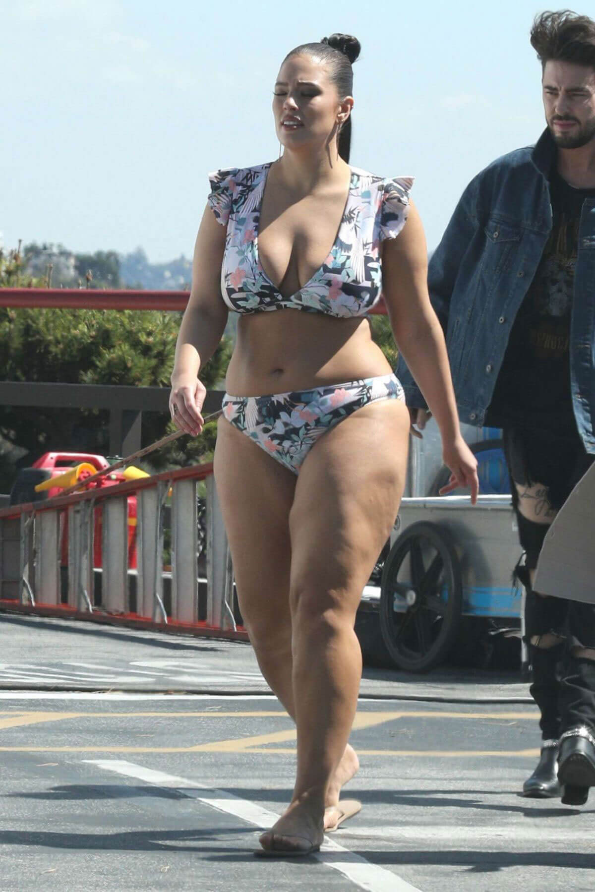 Ashley Graham Stills in Bikini at a Photoshoot in Los Angeles