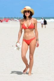 Bethenny Frankel Stills in Bikini on the Beach in Miami