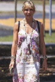 Elsa Pataky Stills Out in Byron Bay
