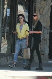 Kristen Stewart and Stella Maxwell Stills Out and About in Los Angeles 1