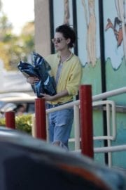Kristen Stewart and Stella Maxwell Stills Out and About in Los Angeles 2