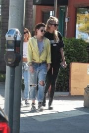 Kristen Stewart and Stella Maxwell Stills Out and About in Los Angeles 8