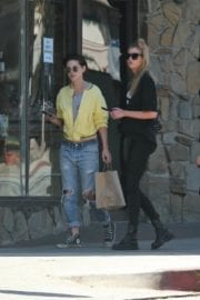 Kristen Stewart and Stella Maxwell Stills Out and About in Los Angeles 10
