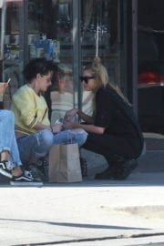 Kristen Stewart and Stella Maxwell Stills Out and About in Los Angeles 14