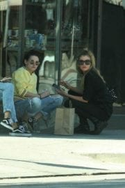 Kristen Stewart and Stella Maxwell Stills Out and About in Los Angeles 16