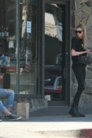 Kristen Stewart and Stella Maxwell Stills Out and About in Los Angeles 17
