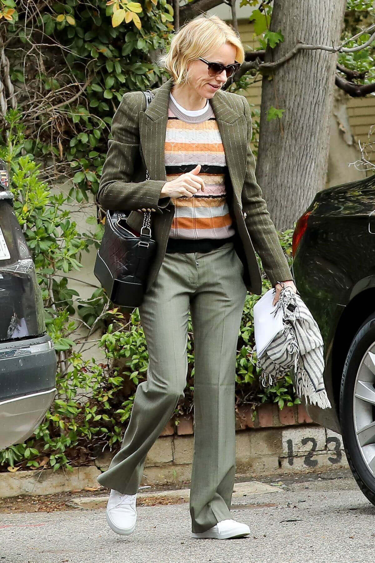 Naomi Watts Stills Out and About in Brentwood 5