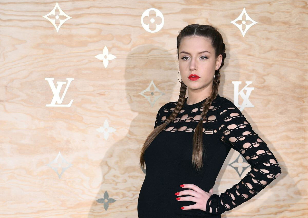 Adele Exarchopoulos At Louis Vuitton Dinner Party In Paris