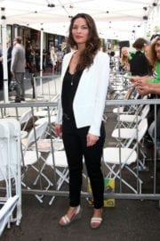 Alana de la Garza Stills at Gary Sinise Honored with Star on Hollywood Walk of Fame