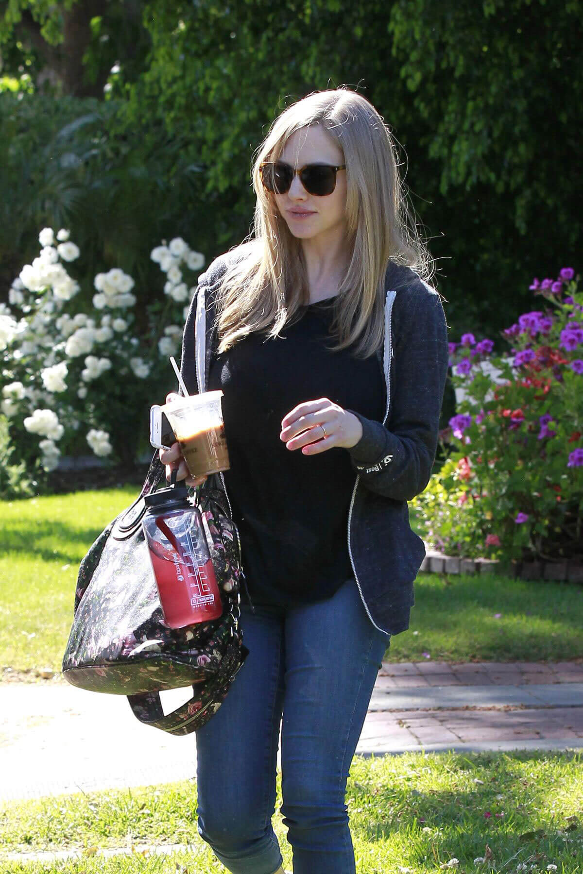 Amanda Seyfried Stills Leaves a Friend in Studio City