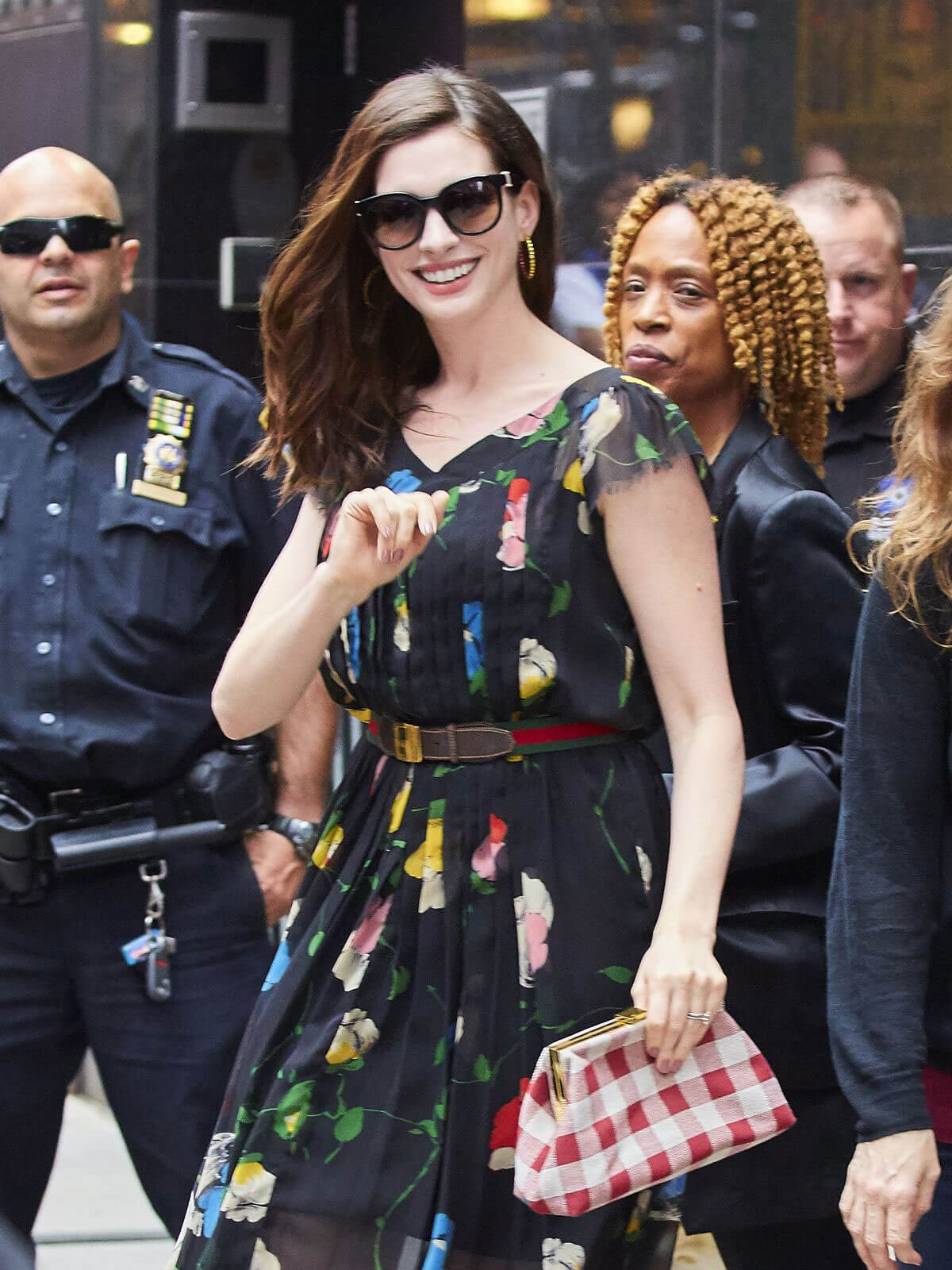 Anne Hathaway Stills Out and About in New York