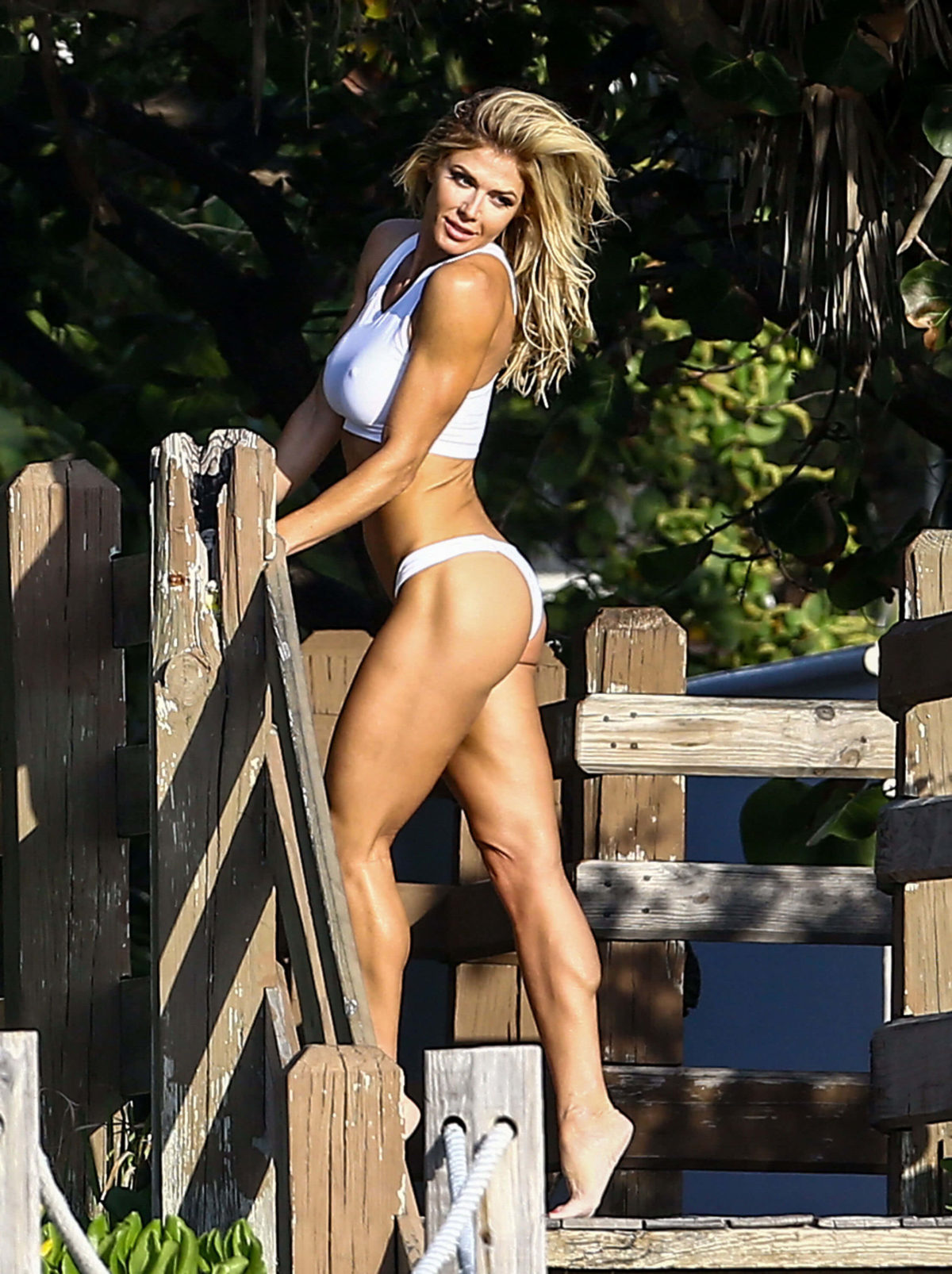 Torrie Wilson in White Bikini on the Set of a Photoshoot