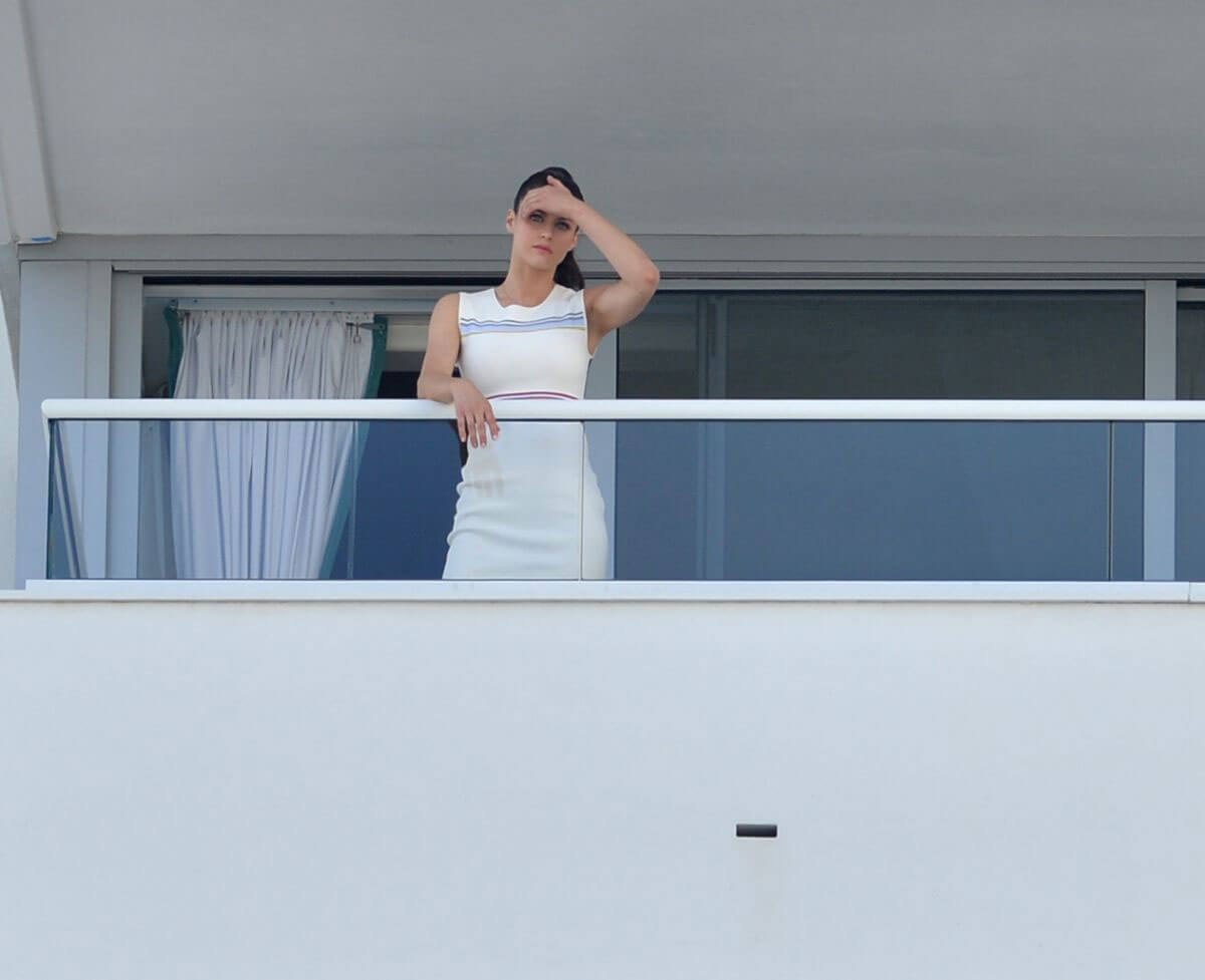 Alexandra daddario stills at her hotel balcony in miami for Hotel balcony