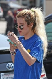 Bella Thorne and Dani Thorne Leaves a Gym in Los Angeles