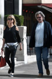 GOLDIE HAWN and Kurt Russell Out and About in London