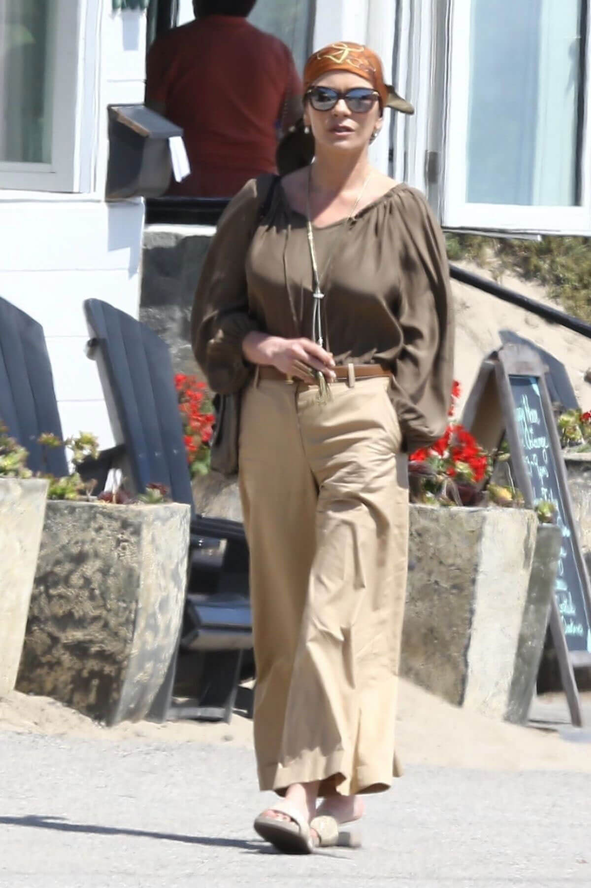 Catherine Zeta-Jones Stills Out for Lunch in Malibu