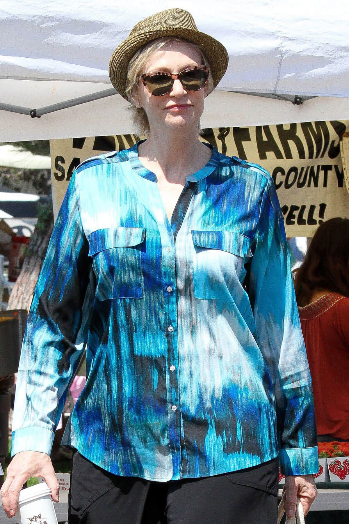 Jane Lynch Stills Shopping at Farmer's Market in Los Angeles
