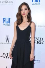 """Kelsey Chow Stills at """"Wind River"""" Premiere in Los Angeles"""