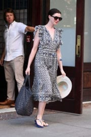 Anne Hathaway Stills Leaves Her Hotel in New York Images