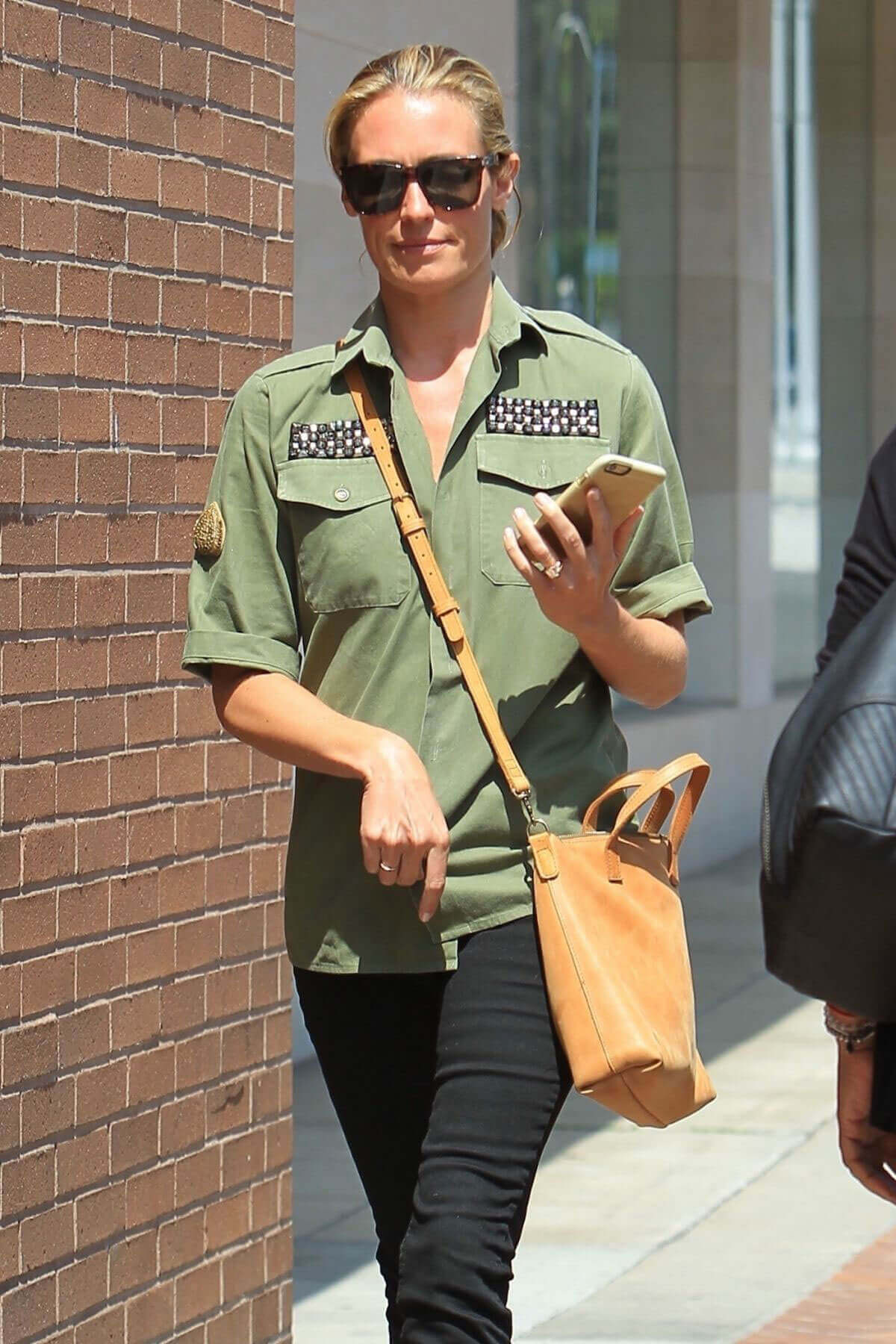 Cat Deeley Stills Leaves a Nails Sone in Beverly Hills