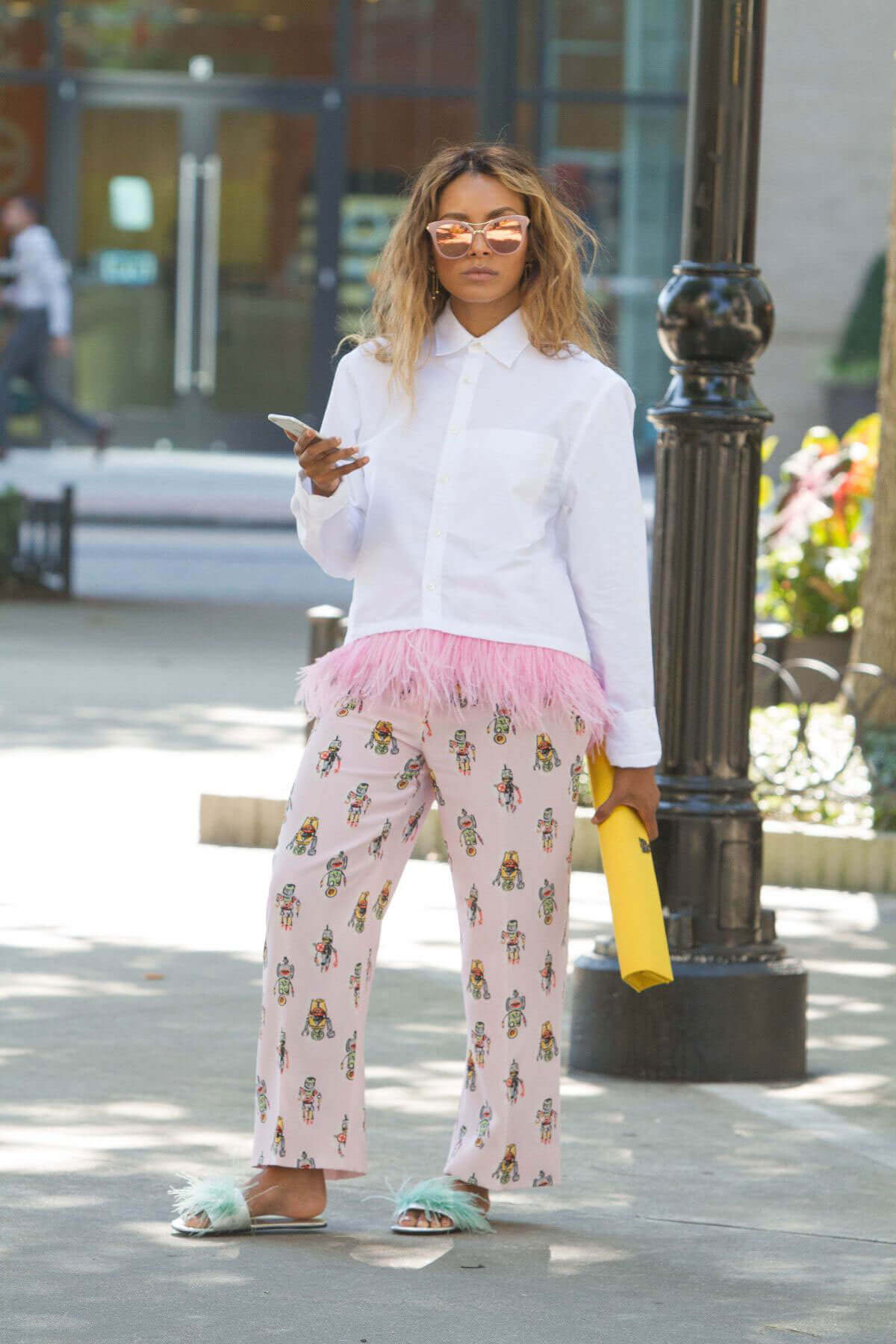 Kat Graham Stills Out for Lunch in Beverly Hills Photos
