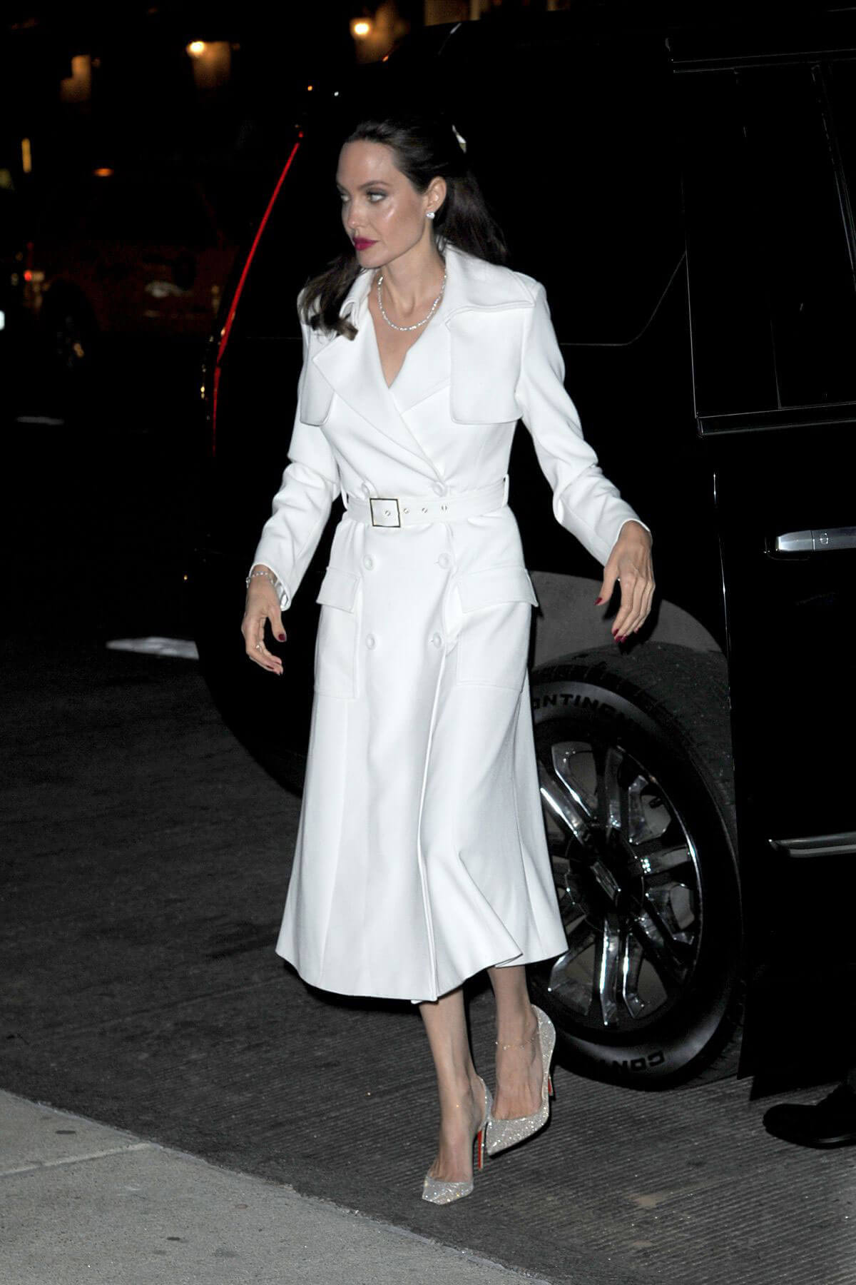 Angelina Jolie Stills Out and About in New York