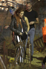 """Bella Thorne Stills at """"IT"""" Movie Haunted House in Hollywood"""