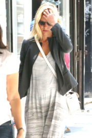 Claire Danes Stills Out and About in New York