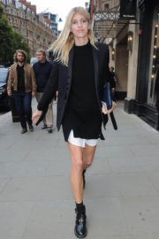 Devon Windsor shows off Her Lean Legs Out and About in London