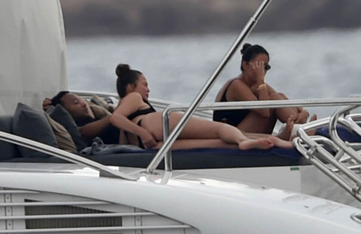 Enjoyed John Legend and Chrissy Teigen in Bikini at a Yacht in Sardinia