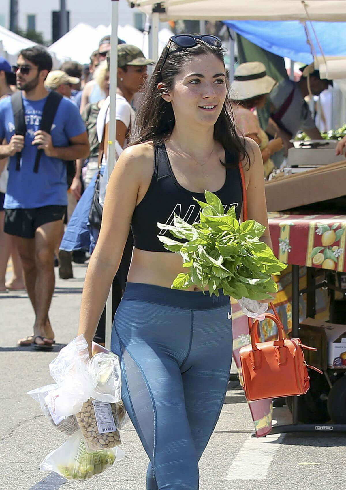 Isabelle Fuhrman Stills Shopping at Farmers Market in Los Angeles